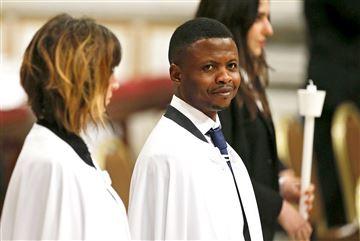 pope-francis-nigerian-baptism